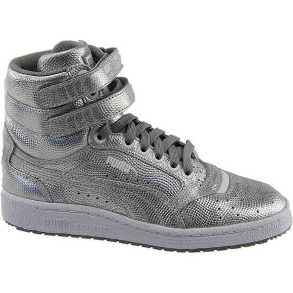 high top puma sneakers